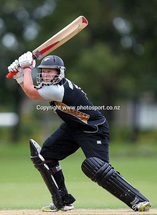 Aimee Watkins in action for the White Ferns.<br /> Cricket - Rosebowl Series. Twenty20 International - New Zealand White Ferns v Australia, 20 February 2011, Queens Park, Invercargill, New Zealand.<br /> Photo: Rob Jefferies / www.photosport.co.nz