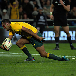 Kurtley Beale scores a late try during the Rugby Championship and Bledisloe Cup rugby match between the New Zealand All Blacks and Australia Wallabies at Forsyth Barr Stadium in Dunedin, New Zealand on Saturday, 26 August 2017. Photo: Dave Lintott / lintottphoto.co.nz