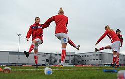 Bristol City Women warm up prior to kick-off- Mandatory by-line: Nizaam Jones/JMP- 31/03/2019 - FOOTBALL - Stoke Gifford Stadium - Bristol, England - Bristol City Women v Reading Women - FA Women's Super League 1