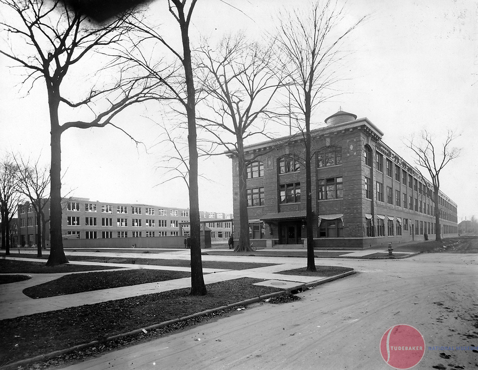 c.1910 view of the Studebaker Corporation's Piquette Avenue plant in Detroit.