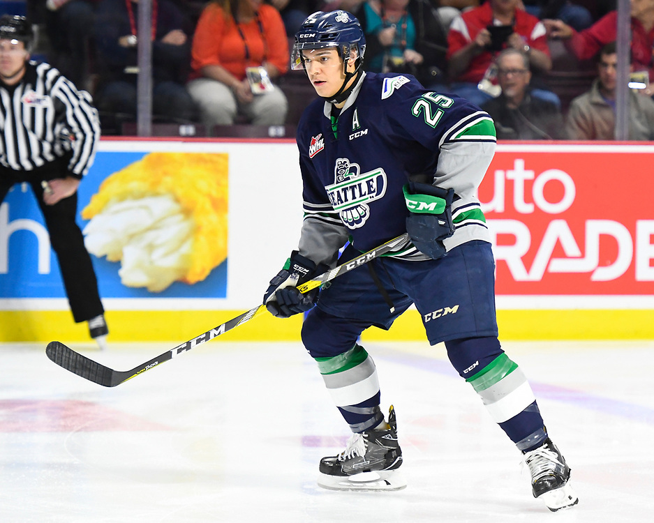 Ethan Bear of the Seattle Thunderbirds in Game 2 of the 2017 MasterCard Memorial Cup against the Erie Otters on Saturday May 20, 2017 at the WFCU Centre in Windsor, ON. Photo by Aaron Bell/CHL Images