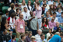03.08.2012, Wimbledon, London, GBR, Olympia 2012, Tennis, im Bild Kobe Bryant (USA) schaut sich das Spiel von Roger Federer an // during Tennis, at the 2012 Summer Olympics at Wimbledon, London, United Kingdom on 2012/08/03. EXPA Pictures © 2012, PhotoCredit: EXPA/ Freshfocus/ Valeriano Di Domenico..***** ATTENTION - for AUT, SLO, CRO, SRB, BIH only *****