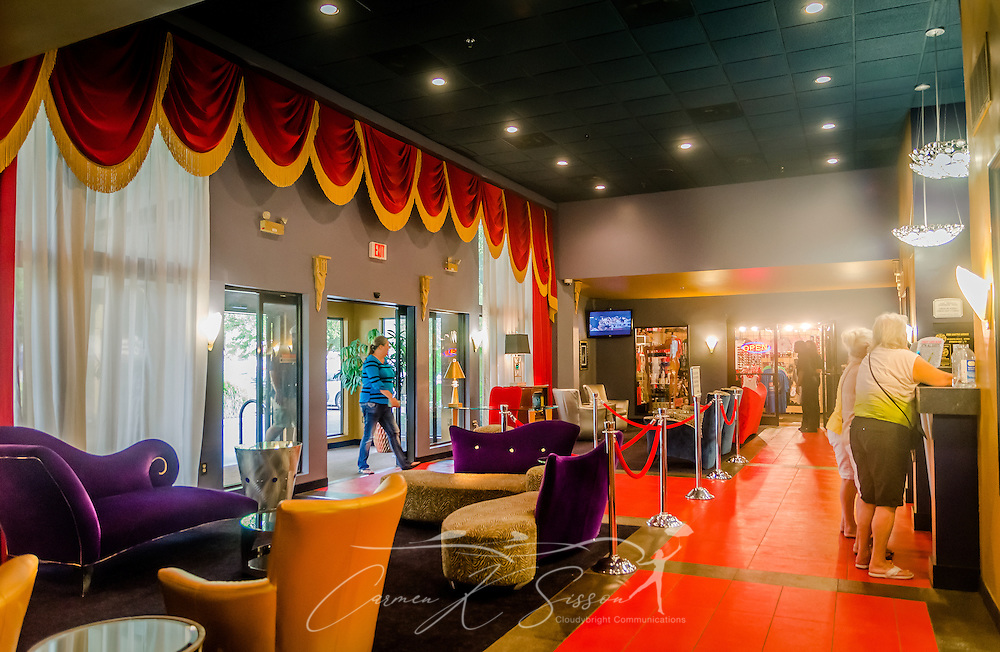 Guests enter the lobby of the Heartbreak Hotel on Elvis Presley Boulevard in Memphis, Tennessee, Sept. 4, 2015. Elvis Presley Enterpises purchased the hotel in 1999. A new $75 million hotel is expected to open in 2015, and the old hotel, located near Graceland, is slated for demolition. The hotel is named for the famous Presley song, which was released in 1956 and earned him his first gold record. (Photo by Carmen K. Sisson/Cloudybright)