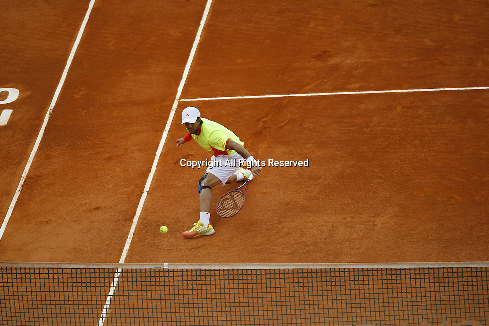 19.04.2012 Monte Carlo, Monaco. Fenando Verdasco(ESP) in action against Jo-Wilfried Tsonga (FRA) 3rd Round  Rolex Masters at the Monte Carlo Country Club, Monaco.