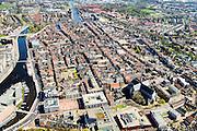 Nederland, Noord-Holland, gemeente Alkmaar, 20-04-2015; binnenstad van Alkmaar met Grote kerk of Sint-Laurenskerk, Stedelijk Museum Alkmaar. Links Noordhollandsch Kanaal.<br /> Alkmaar inner city with canal.<br /> luchtfoto (toeslag op standard tarieven);<br /> aerial photo (additional fee required);<br /> copyright foto/photo Siebe Swart