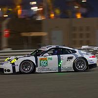 #92, Porsche 911 RSR, Porsche Team Manthey, driven by Patrick Pilet, Frederic Makowiecki, FIA WEC 6 Hours of Bahrain, 19/11/2015 (FP2)