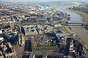 Nederland, Gelderland, Arnhem, 11-02-2008; centrum van de stad, gebied rond Eusebiuskerk, rechts daarvan het Provinciehuis gevolgd door de de rivier de Neder-Rijn met boogbrug (John Frostbrug); in de verre verte de IJsselkop (achter de Sacharovbrug); stadsgezicht, kantoren, kantoortoren, Eusebiustoren..luchtfoto (toeslag); aerial photo (additional fee required); .foto Siebe Swart / photo Siebe Swart