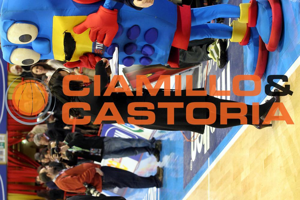 DESCRIZIONE : Forli Lega A1 2005-06 Copps Italia Final Eight Tim Cup Carpisa Napoli Lottomatica Virtus Roma<br />GIOCATORE : Govoni Telefoninho<br />SQUADRA : Legabasket<br />EVENTO : Campionato Lega A1 2005-2006 Coppa Italia Final Eight Tim Cup Finale<br />GARA : Carpisa Napoli Lottomatica Virtus Roma<br />DATA : 19/02/2006<br />CATEGORIA : <br />SPORT : Pallacanestro<br />AUTORE : Agenzia Ciamillo-Castoria/G.Ciamillo