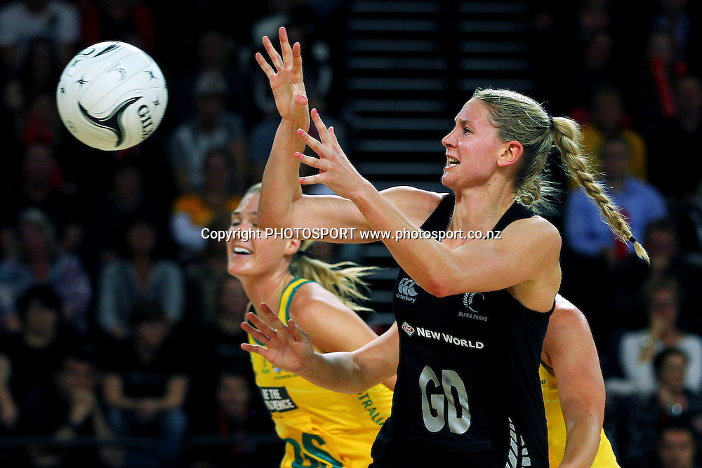 Casey Kopua of New Zealand in action. International Netball Series, Constellation Cup Test Match, New Zealand Silver Ferns v Australian Diamonds at Vector Arena, Auckland, New Zealand. Thursday 19th September 2013. Photo: Anthony Au-Yeung / photosport.co.nz