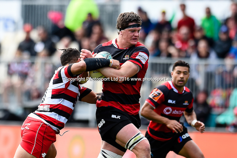 Scott Barrett of Canterbury fends off Augustine Pulu of Counties Manukau during the Mitre 10 Cup Semi Final Rugby Match, Canterbury V Counties Manukau, AMI Stadium, Christchurch, New Zealand. 23th October 2016. Copyright Photo: John Davidson / www.photosport.nz
