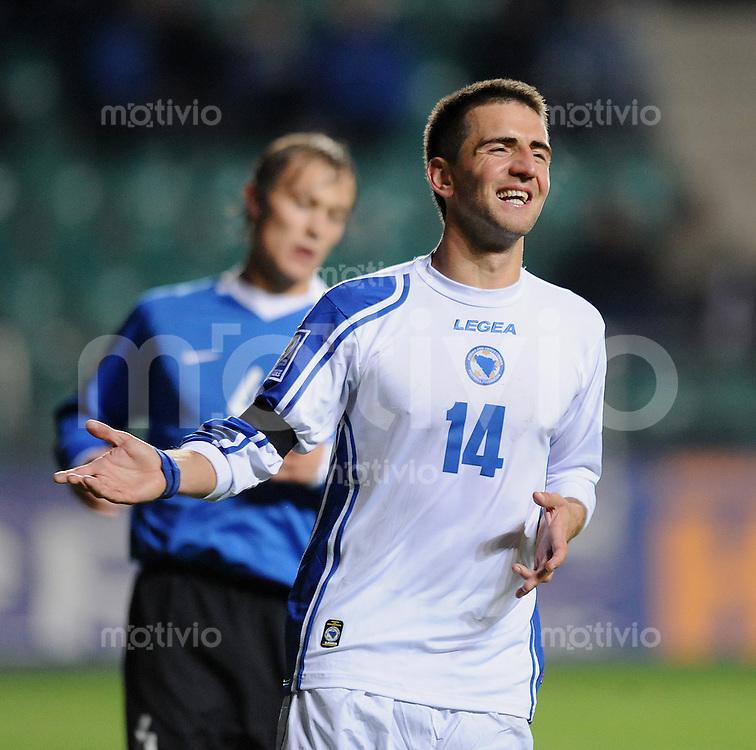 FUSSBALL   INTERNATIONAL   WM-QUALIFIKATION 2010    10.10.2009 Estland -  Bosnien-Herzegowina    JUBEL BIH; Torschuetze zum 0-2 Vedad Ibisevic