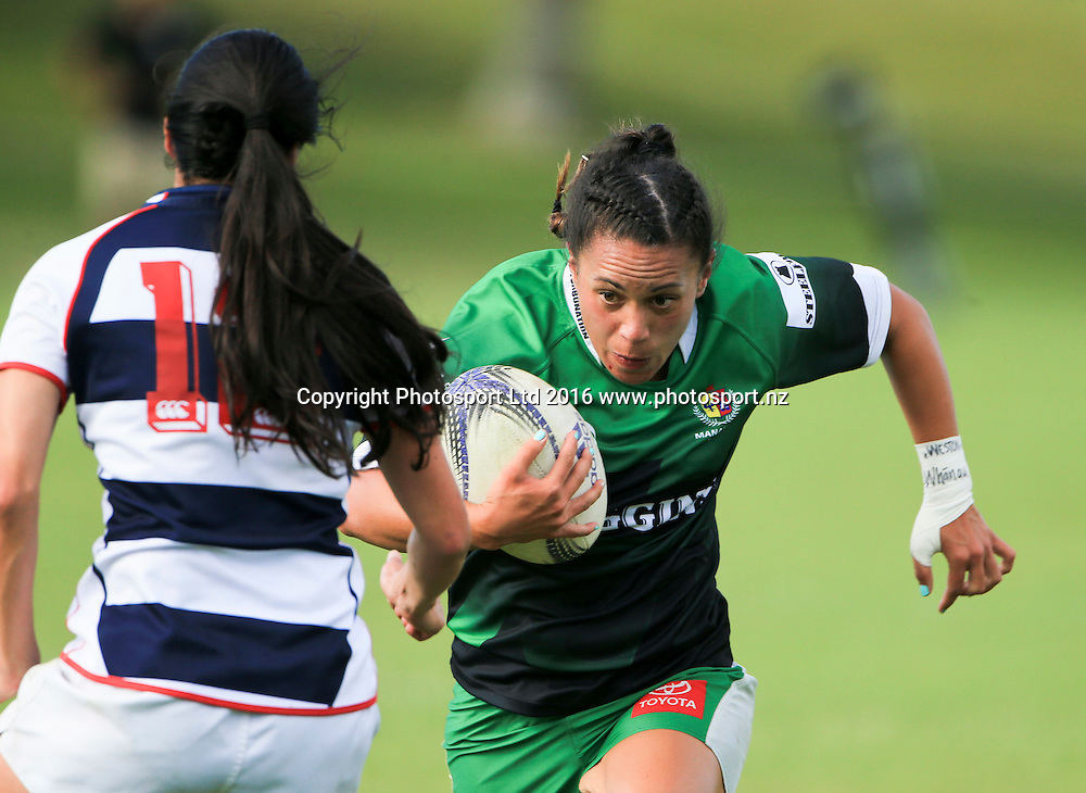 Manawatu womens Kristen Duffil in action against Auckland, day 1, Baileys National Sevens, International stadium, Rotorua, New Zealand, 16 January 2016. Copyright photo: John Cowpland / www.photosport.nz