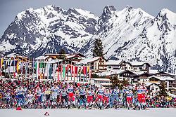 03.03.2019, Seefeld, AUT, FIS Weltmeisterschaften Ski Nordisch, Seefeld 2019, Langlauf, Herren, 50 km Massenstart, im Bild Rennstart // Start of the Race during the men's cross country 50 km mass start competition of FIS Nordic Ski World Championships 2019. Seefeld, Austria on 2019/03/03. EXPA Pictures © 2019, PhotoCredit: EXPA/ JFK