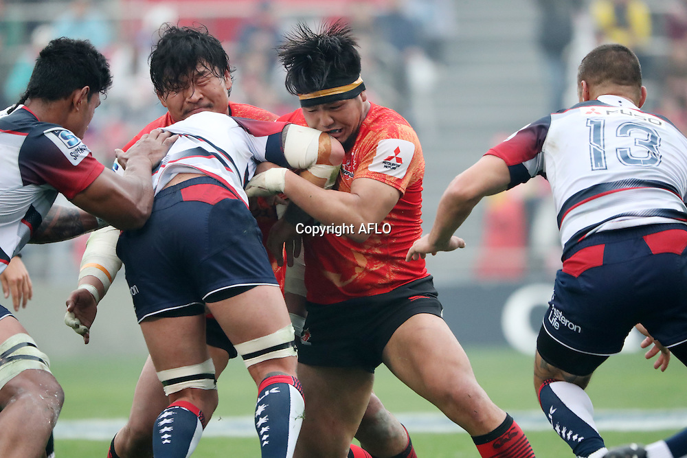 (L to R) Keita Inagaki (Sunwolves), Shota Horie (Sunwolves), <br /> MARCH 19, 2016 - Rugby : Super Rugby match between Sunwolves 9-35 Melbourne Rebels at Prince Chichibu Memorial Stadium in Tokyo, Japan. (Photo by AFLO)