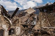 Retrosi, 13/04/2017: case danneggiate dal terremoto.<br /> &copy; Andrea Sabbadini