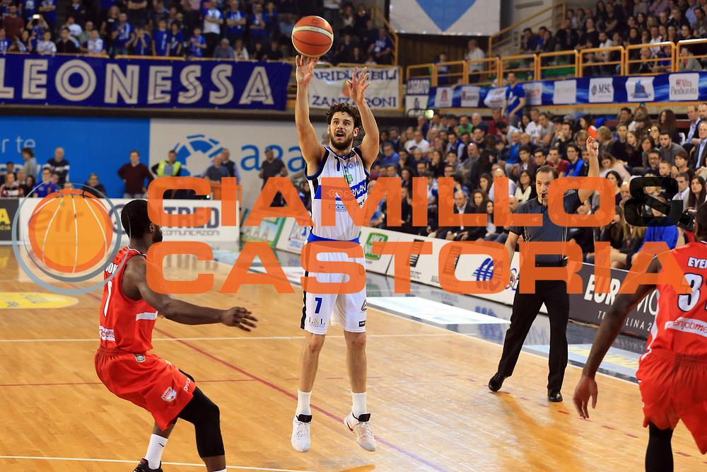 Vitali Luca<br /> Germani Basket Brescia vs Openjobmetis Varese<br /> Lega Basket Serie A 2016/2017<br /> Citt&agrave; 19/03/2017<br /> Foto Ciamillo-Castoria/A.Gilardi