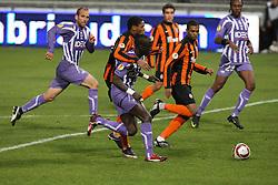 Luiz Adrinao challenges Cheikh Mbengue. Toulouse v Shakatar Donestk, Uefa Europa League, Stade Municipal, Toulouse, France, 5th November 2009.