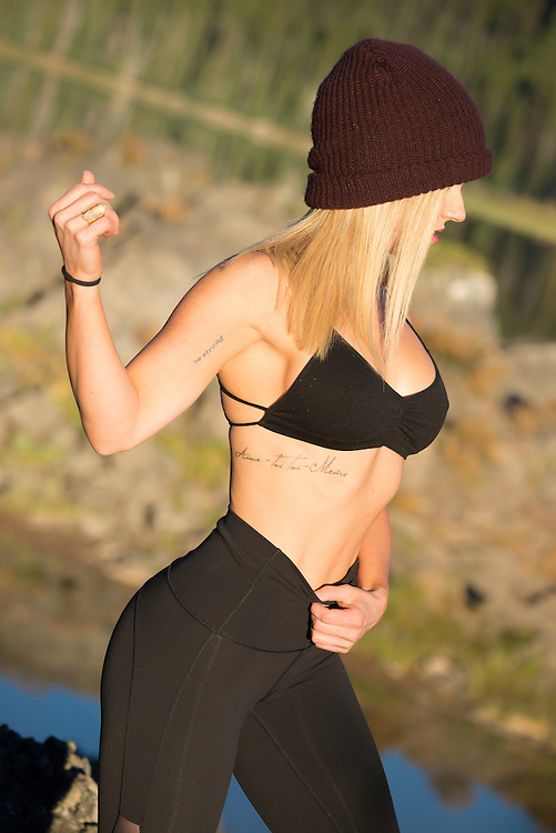 USA, Oregon, Deschutes County,Bend,  fitness model