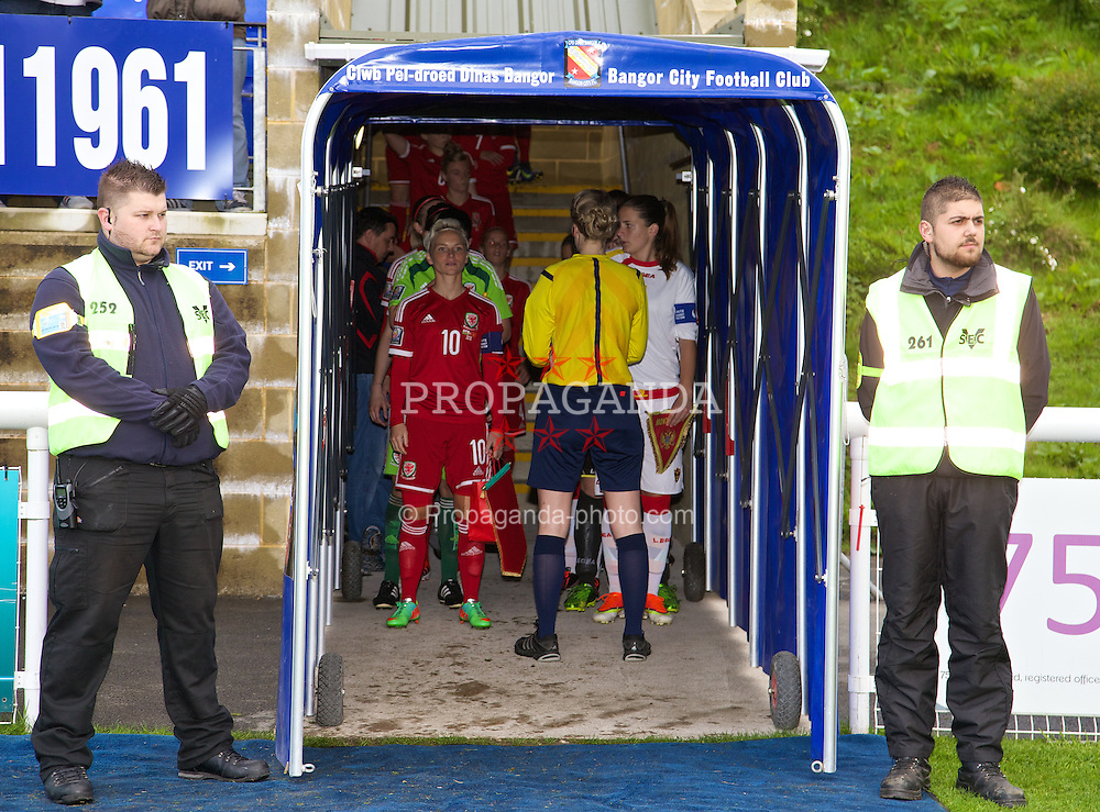 BANGOR, WALES - Thursday, May 8, 2014: Wales' captain Jessica Fishlock prepares to lead her side out to face Montenegro during the FIFA Women's World Cup Canada 2015 Qualifying Group 6 match at the Nantporth Stadium. (Pic by David Rawcliffe/Propaganda)