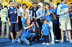 24.06.2012, Olympia Stadion, Kiew, UKR, UEFA EURO 2012, England vs Italien, Viertelfinale, im Bild fidanzata CHIELLINI, e moglie DIAMANTI (Italia) // during the UEFA Euro 2012 Quarter Final Match between Enland and Italy at the Olympic Stadium, Kiev, Ukraine on 2012/06/24. EXPA Pictures © 2012, PhotoCredit: EXPA/ Insidefoto/ Alessandro Sabattini..***** ATTENTION - for AUT, SLO, CRO, SRB, SUI and SWE only *****