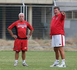 Nicosia, Cyprus - Thursday, October 11, 2007: Wales' manager John Toshack and assistant manager Roy Evans training at the Makario Stadium ahead of their UEFA Euro 2008 Qualifying match against Cyprus in Nicosia. (Photo by David Rawcliffe/Propaganda)