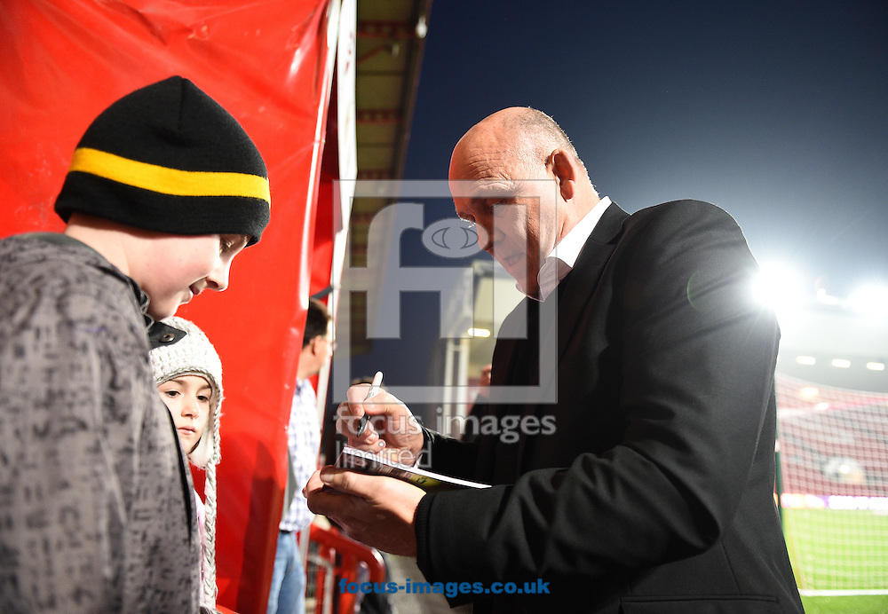 Hull City Tigers manager Mike Phelan signs autographs for fans prior to the EFL Cup match at Ashton Gate, Bristol<br /> Picture by Daniel Hambury/Focus Images Ltd +44 7813 022858<br /> 25/10/2016