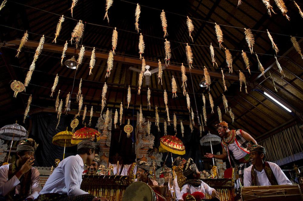 Balinese musicians, Kuningan Festival, Mas, Bali, Indonesia