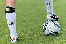 16.06.2011, Bruchwegstadion, Mainz, FIFA WOMENS WORLDCUP 2011, Deutschland (GER) vs. Norwegen (NOR), im Bild Fussballerinnen Beine mit Stutzen, Fussballschuhen und Ball, .waehrend eines Vorbereitungsspiels // during a friendly match on 2011/06/16, Bruchwegstadion, Mainz, Germany. + EXPA Pictures © 2011, PhotoCredit: EXPA/ nph/  Roth       ****** out of GER / SWE / CRO  / BEL ******