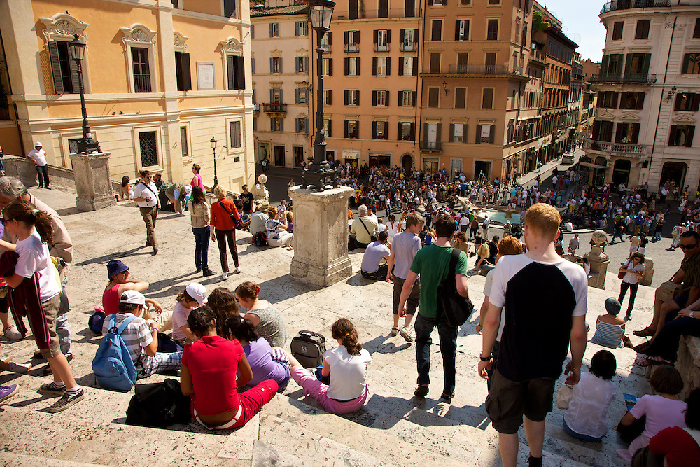 The Spanish Steps (Italian: Scalinata della Trinita? dei Monti) are a set of steps in Rome, Italy, climbing a steep slope between the Piazza di Spagna at the base and Piazza Trinita? dei Monti, dominated by the church of Trinita? dei Monti. The Scalinata is the longest and widest staircase in Europe..The monumental stairway of 138 steps was built with French diplomat E?tienne Gueffier's bequeathed funds of 20,000 scudi, in 1723-1725, linking the Bourbon Spanish Embassy to the Holy See, today still located in Palazzo Monaldeschi in the piazza below, with the Trinita? dei Monti the church that was under the patronage of the Bourbon kings of France, above..Spansketrappene