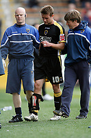 Photo: Paul Greenwood/Richard Lane Photography. <br />Burnley v Cardiff City. Coca-Cola Championship. 26/04/2008. <br />Cardiff City's Stephen McPhail leaves the pitch early