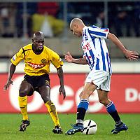 Fotball<br /> Nederland<br /> Foto: ProShots/Digitalsport<br /> NORWAY ONLY<br /> <br /> Heerenveen - Roda JC , seizoen 2006-2007, 08-12-2006, Eredivisie,  afonso alves met pa modou kah