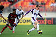 SYDNEY, NSW - FEBRUARY 24: Perth Glory midfielder Neil Kilkenny (88) controls the ball at round 20 of the Hyundai A-League Soccer between Western Sydney Wanderers FC and Perth Glory on February 24, 2019 at Spotless Stadium, NSW. (Photo by Speed Media/Icon Sportswire)