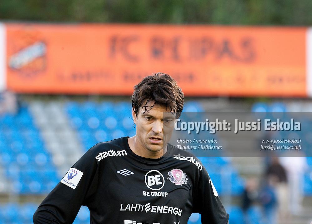 Jari Litmanen ottelun jälkeen. FC Lahti - HJK. Veikkausliiga. Lahti 22.8.2010. Photo: Jussi Eskola