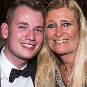 NLD/Noordwijk/20130909 - Inloop modeshow Ronald Kolk najaar 2013, Pammy Boltini en zoon