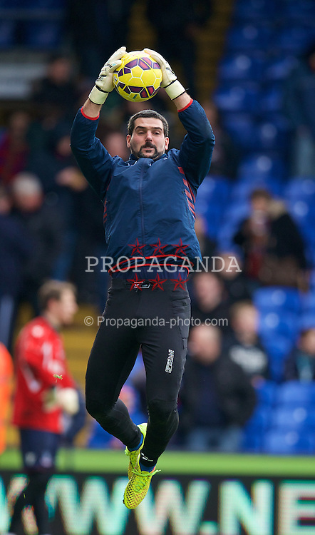 LONDON, ENGLAND - Saturday, February 21, 2015: Crystal Palace's goalkeeper Julian Speroni warms-up before the Premier League match against Arsenal at Selhurst Park. (Pic by David Rawcliffe/Propaganda)
