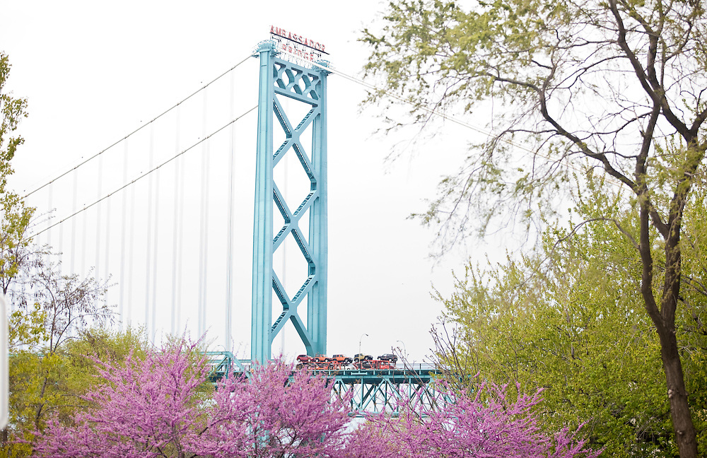 Windsor, Ontario ---10-04-29--- The Ambassador Bridge which connects Windsor, Ontario and Detroit, Michigan, seen here April 29, 2010 is the busiest border crossing in North America.<br /> GEOFF ROBINS The Globe and Mail