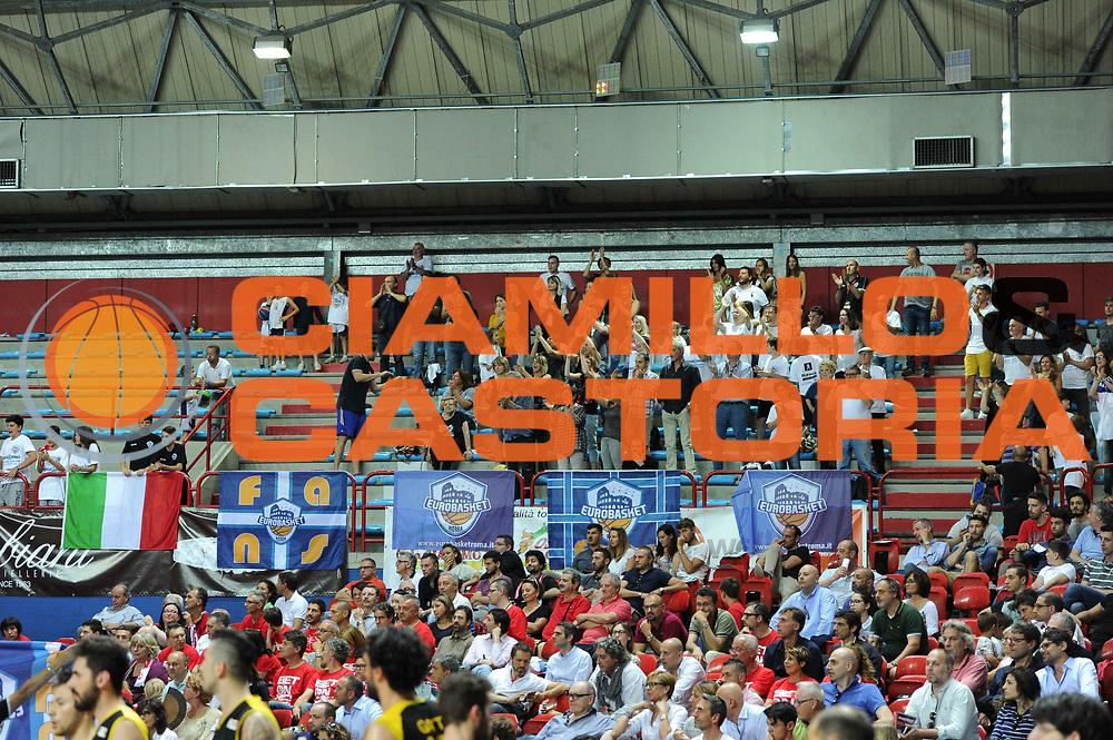 LNP &ndash; Final Four Serie B - EUROBASKET ROMA vs MONTEGRANARO<br /> <br /> Nella foto: tifosi Eurobasket Roma