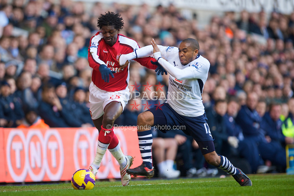 LONDON, ENGLAND - Sunday, February 8, 2009: Tottenham Hotspur's Wilson Palacios and Arsenal's Emmanuel Adebayor during the Premiership match at White Hart Lane. (Mandatory credit: David Rawcliffe/Propaganda)