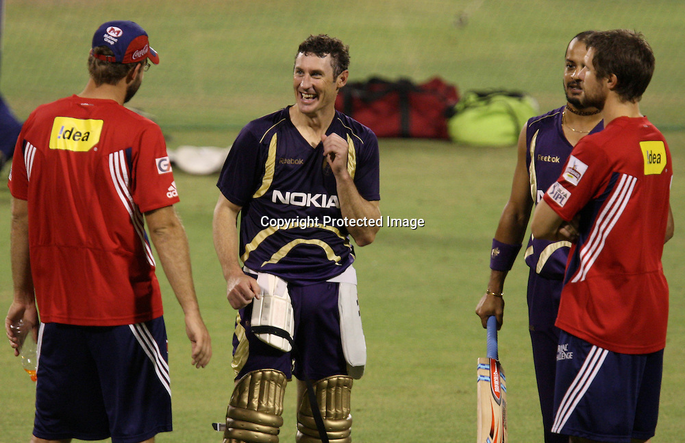 Kolkata Knight Riders player D. Hussy , Murli Kartik And   Delhi Daredevils Player D. Vittori D Nannes Duirng The Net Session on 04-06-2010 at-kolkata