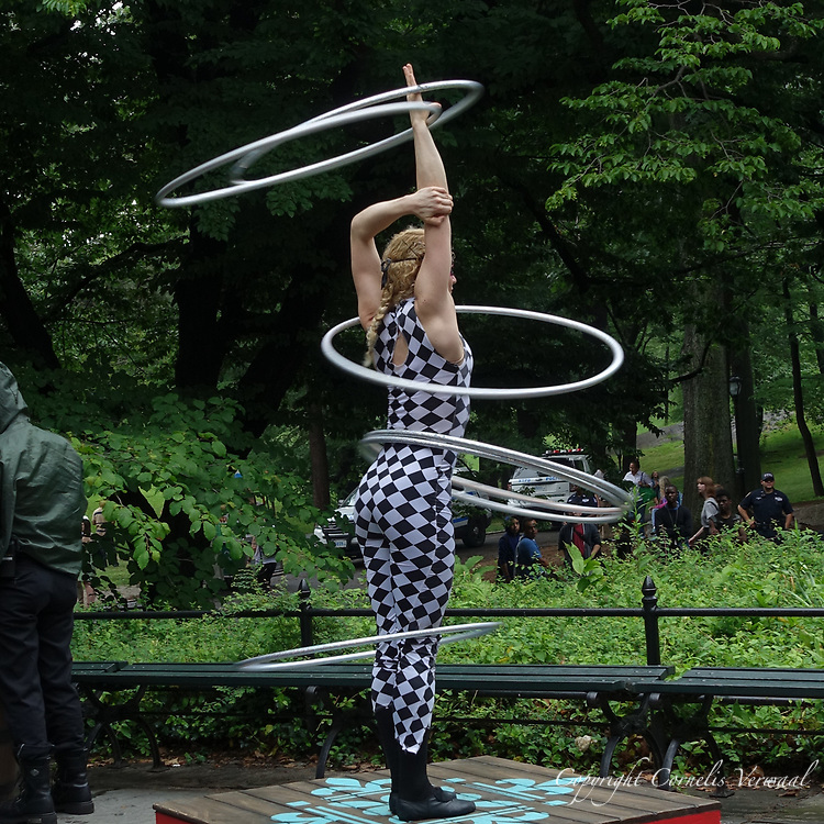 Extreme Hulahoop in Central Park