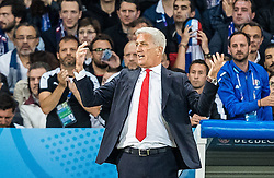 19.06.2016, Stade Pierre Mauroy, Lille, FRA, UEFA Euro, Frankreich, Schweiz vs Frankreich, Gruppe A, im Bild Coach Vladimir Petkovic (SUI) // Coach Vladimir Petkovic (SUI) during Group A match between Switzerland and France of the UEFA EURO 2016 France at the Stade Pierre Mauroy in Lille, France on 2016/06/19. EXPA Pictures © 2016, PhotoCredit: EXPA/ JFK