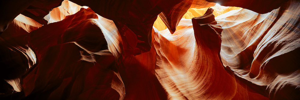 ARIZONA, GLEN CANYON NATIONAL PARK Antelope Canyon, spectacular slot canyon with sandstone walls carved by water erosion, near Page, Arizona