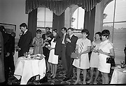 13/07/1967<br /> 07/13/1967<br /> 13 July 1967<br /> International TV award for Kenny's  Advertising Agency Ltd. presented at the Shelbourne Hotel, Dublin. At a reception in the Shelbourne Mr. James Van Buren, of Time Life International, presented the International Market Advertising award, won against competition from 15 countries, to Mr. Michael B. Kenny and Mr. K.A. Kenny, Joint managing directors of Kenny's Advertising. the award, won by Kenny's for the second successive year, was for a 30-sec. television commercial made for Navan Carpets and shown on RTE. <br /> Picture shows a view of the reception.