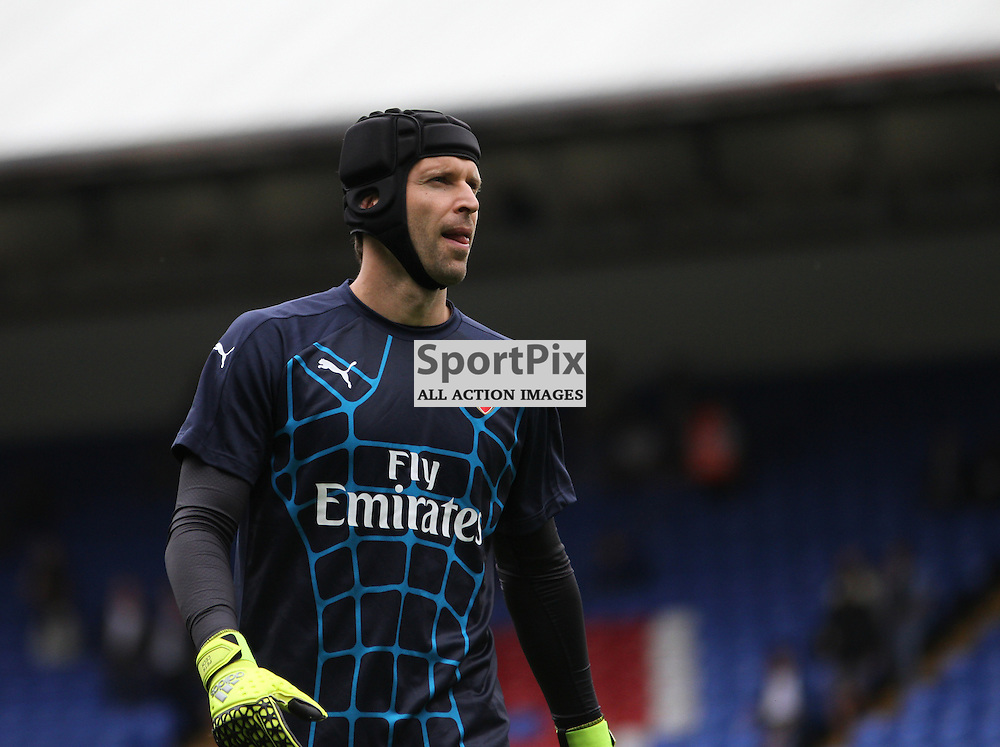 Petr Cech warms up before Crystal Palace vs Arsenal on Sunday the 16th August 2015.