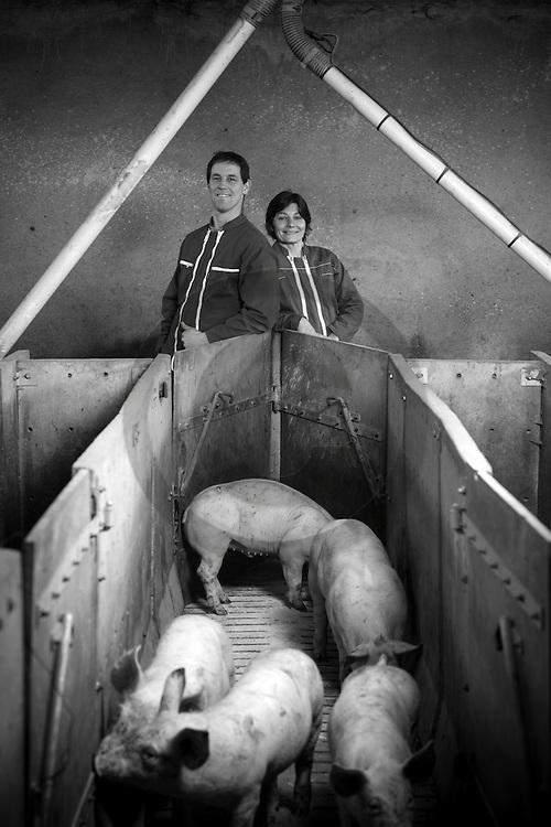 22/12/16 - LA BESSEYRE SAINT MARY - HAUTE LOIRE - FRANCE - Portrait de Marie et Etienne COMBOURIEU - Photo Jerome CHABANNE