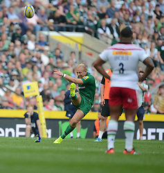 London Irish Fly-Half Shane Geraghty scores a conversion - Photo mandatory by-line: Alex James/JMP - 07966 386802 - 06/09/2014 - SPORT - RUGBY UNION - London, England - Twickenham Stadium - Saracens v Wasps - Aviva Premiership London Double Header.