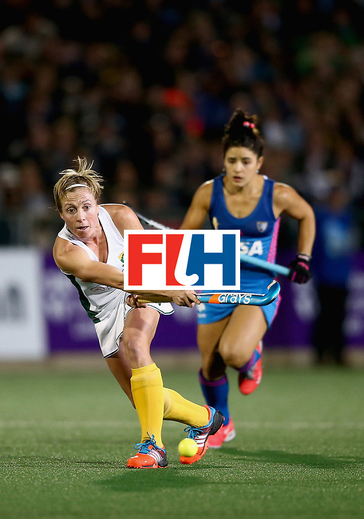 JOHANNESBURG, SOUTH AFRICA - JULY 12:  Nicolene Terblanche of South Africa passes the ball under pressure from Lucina von der Heyde of Argentina  during day 3 of the FIH Hockey World League Semi Finals Pool B match between South Africa and Argentina at Wits University on July 12, 2017 in Johannesburg, South Africa.  (Photo by Jan Kruger/Getty Images for FIH)