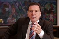 09 JAN 2002, BERLIN/GERMANY:<br /> Gerhard Schroeder, SPD, Bundeskanzler, waehrend einem Interiew, in seinem Buero, Bundeskanzleramt<br /> Gerhard Schroeder, SPD, Federal Chancellor of Germany, during an interview, in his office<br /> IMAGE: 20020109-02-016<br /> KEYWORDS: Gerhard Schr&ouml;der