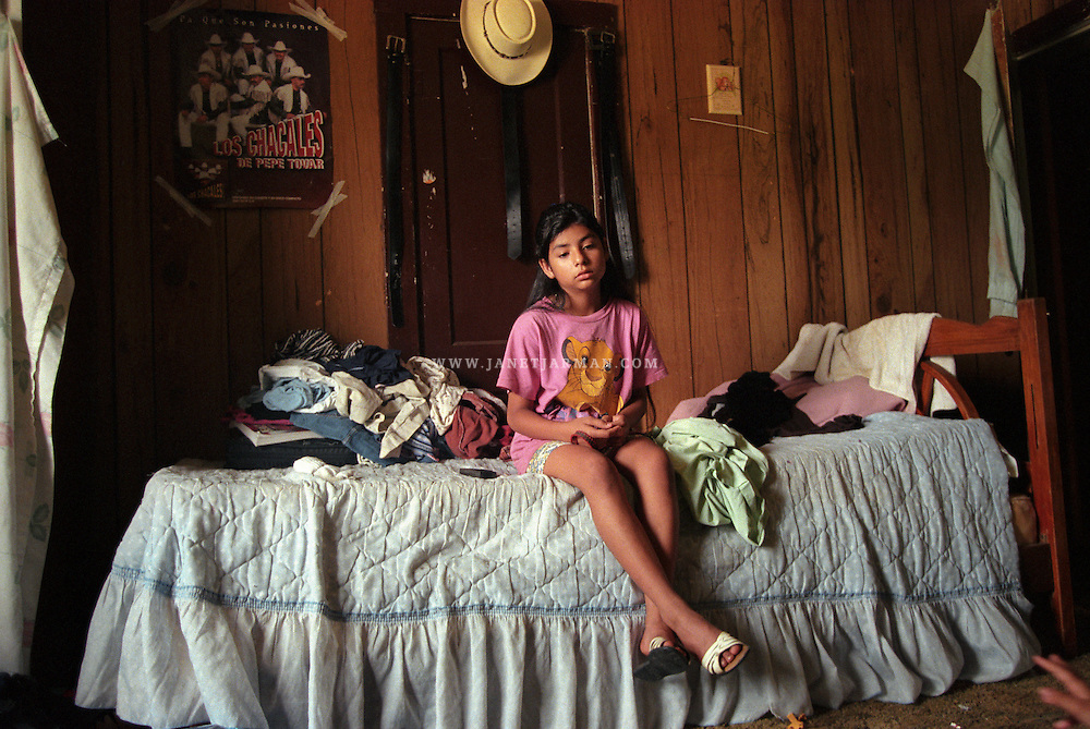 Florida, U.S.A. 2000 – Marisol sits alone in her room, listening to the chaos of screaming parents and family members. After her family moved to Florida in late 1996, they soon relocated to Texas. Tension mounted between her parents and ended in a bitter divorce.