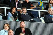 10.9.2011, Olympiastadion, Helsinki..Suomi - Ruotsi yleisurheilumaaottelu. .Ilkka Kanerva vaimonsa Elina Kiikon kanssa seuraamassa maaottelua.